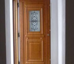 Πορτες PVC